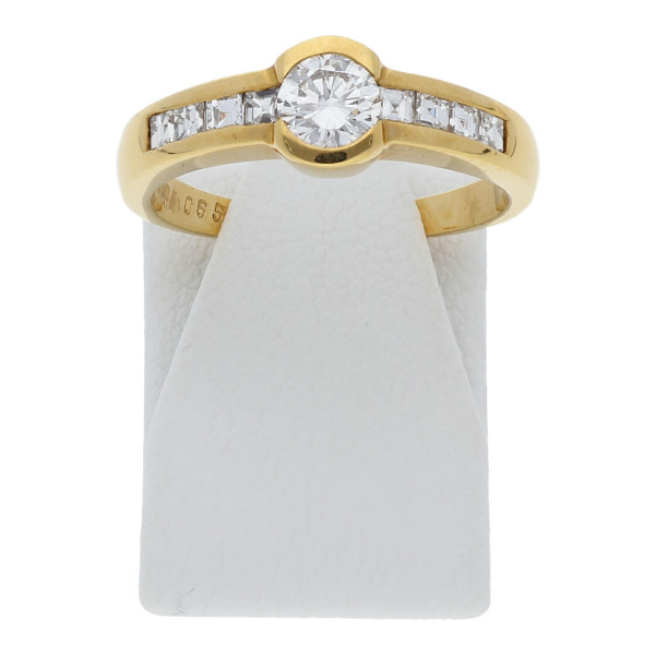 Ring 750 - 18 Karat Gelbgold Brillant, Carree
